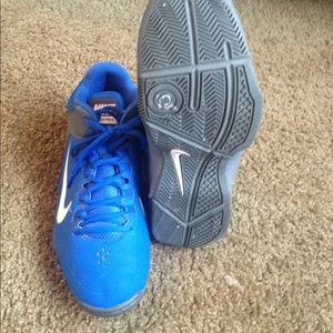 Nike Shoes - Blue nike air visi pro 4